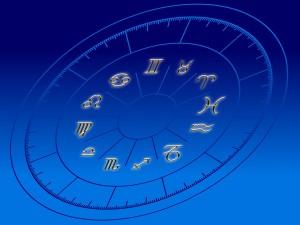 horoscope-96309_960_720
