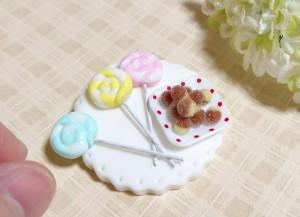 ミニチュア粘土で作る鈴カステラとぺろぺろキャンディー